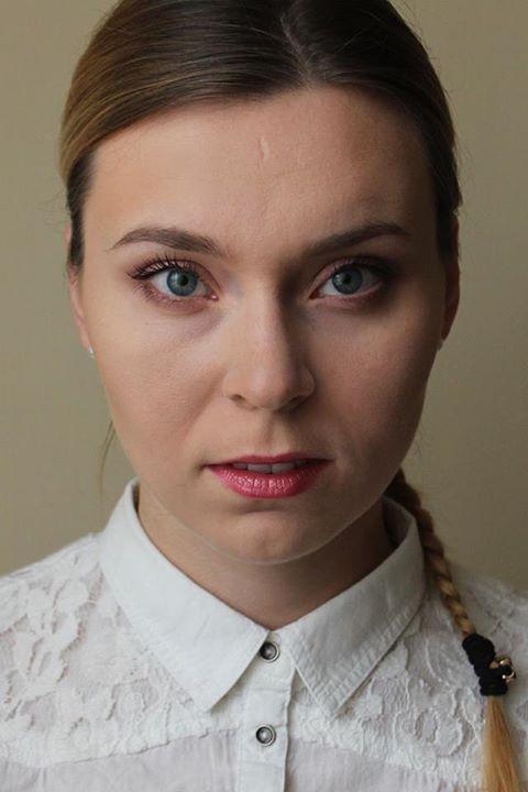 Modelka i wizażystka Karolina z Bydgoszczy – http://atelierum.pl