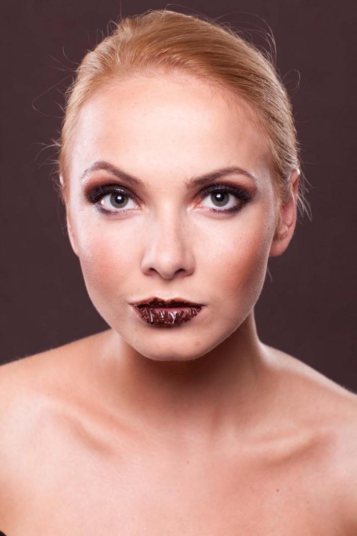 Portret w czekoladzie – Katha – Konrad Schmidt Pełne sesja zdjęciowa z motywem czeko ...